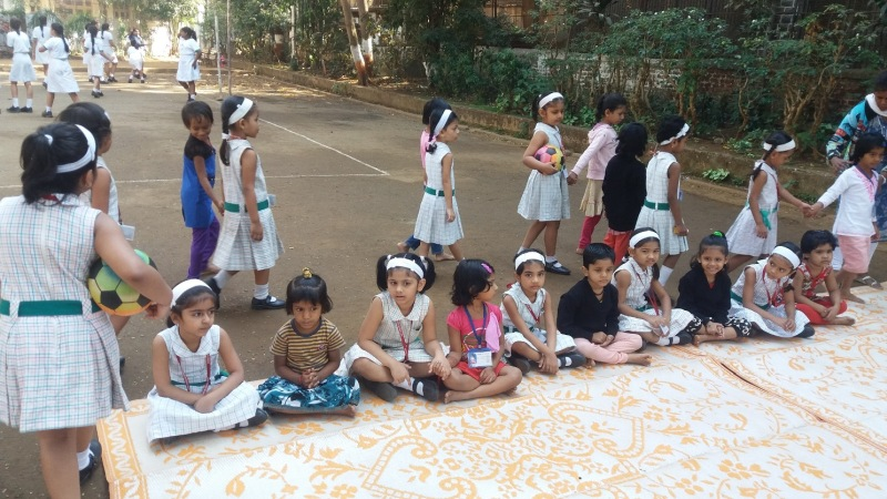 Fort Convent Pre Primary Class 1st A And B Students Along With Their Teachers Had Outreach Programme The Garden School KG KGB